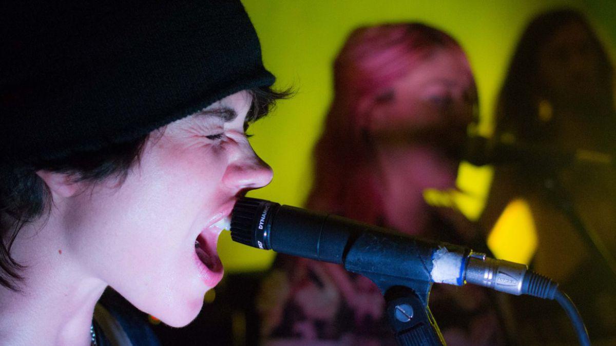 Elisa Montes cuenta cómo pasó de Supernova a rockera punk