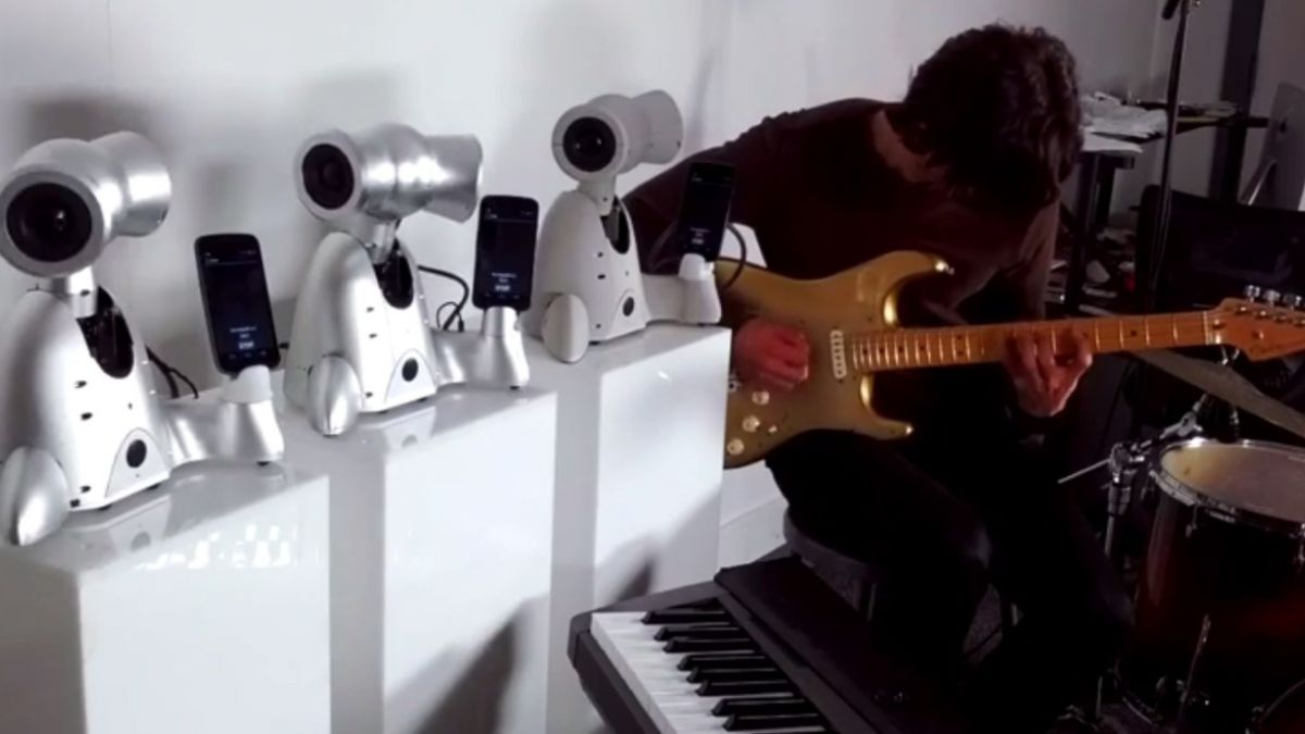 [VIDEO] Robots improvisan canción de Miles Davis
