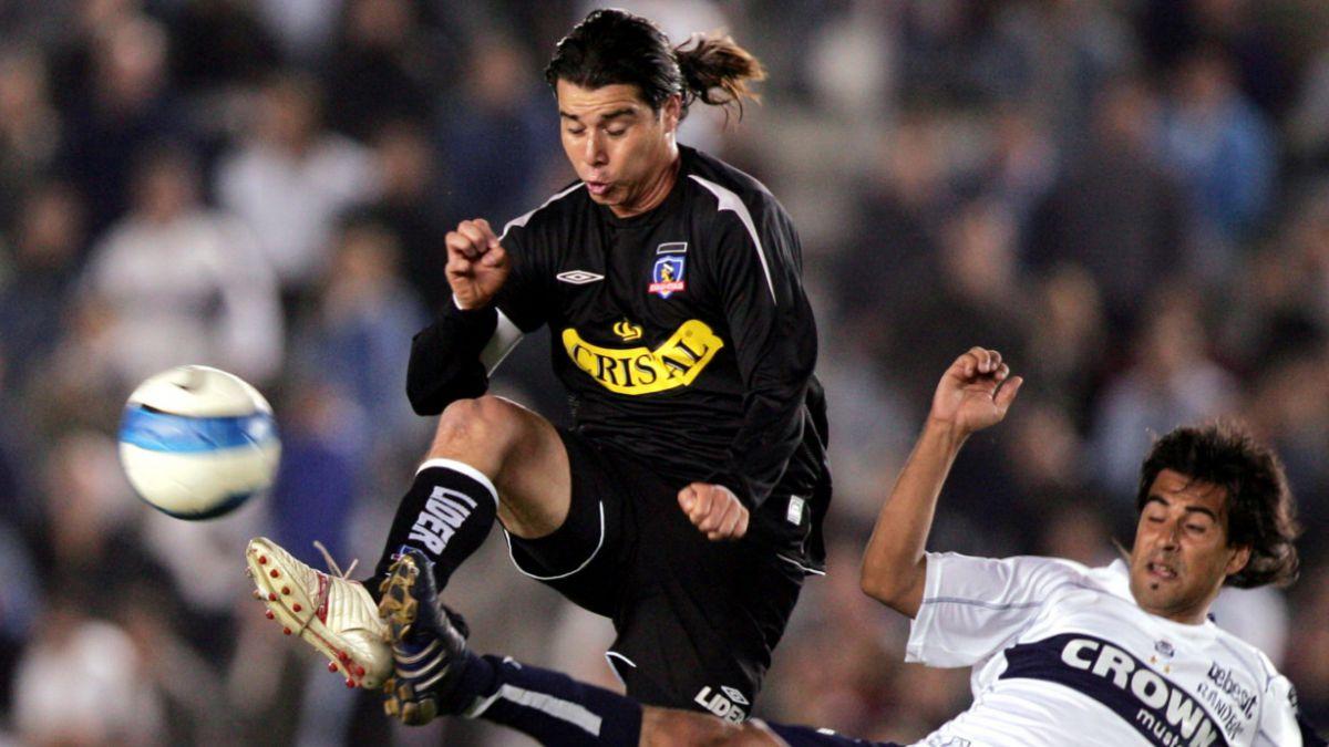 David Henríquez: Arturo Sanhueza fue uno de los que me sacó de Colo Colo