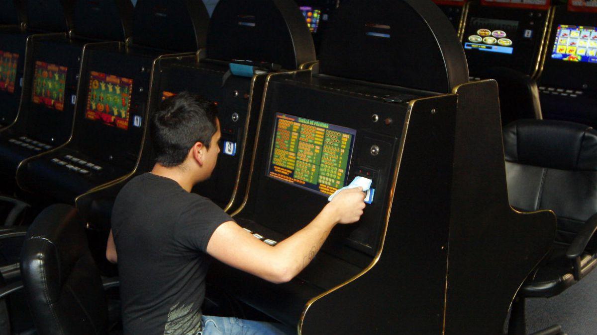 Cámara Baja aprueba medidas de restricción para ludópatas en casinos de juego