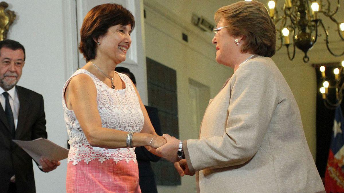 Las principales tareas que Bachelet encomendó a la nueva ministra de Salud