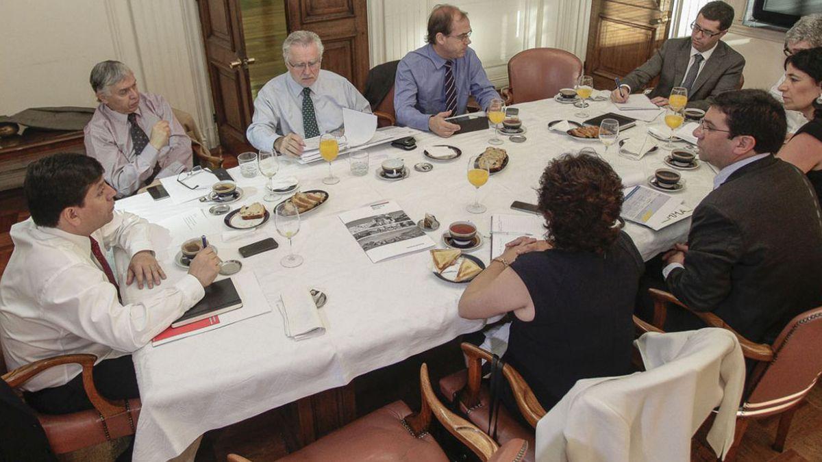 Hacienda asegura que medidas para agilizar inversión privada registran 52% de avance