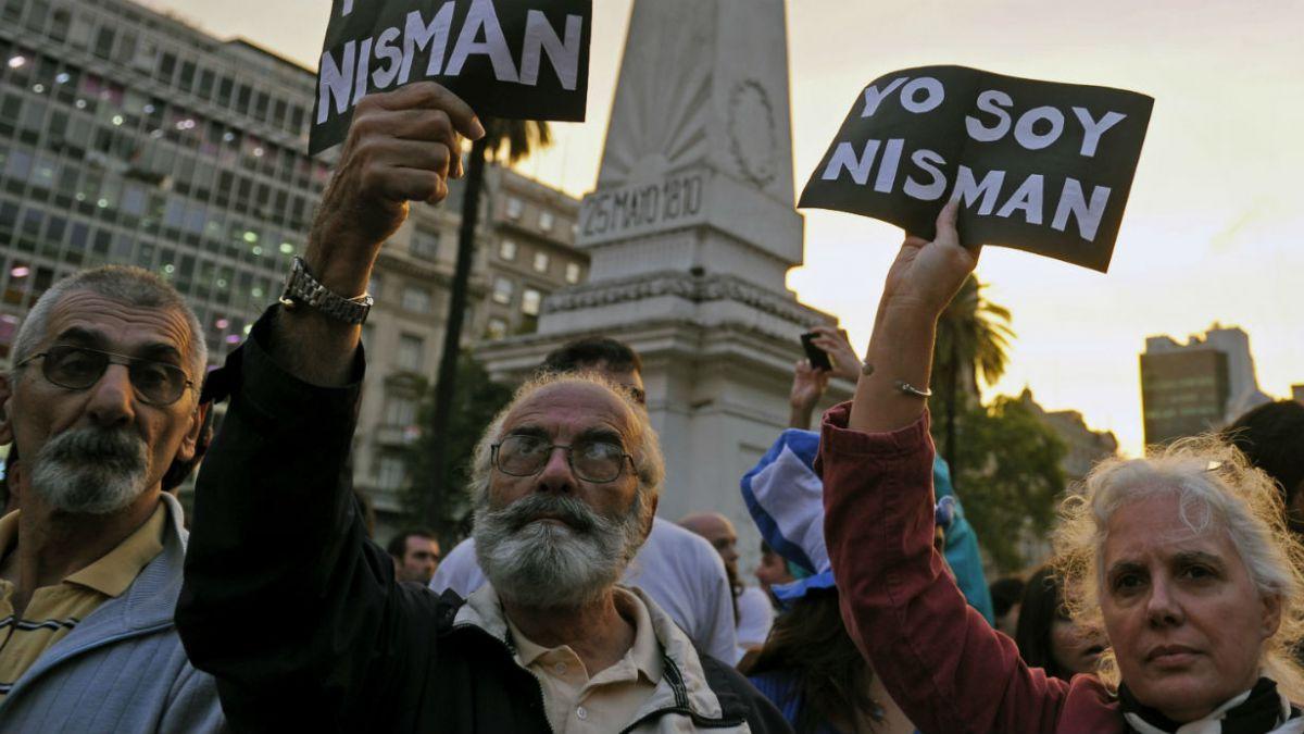 Las dudas que aturden a Argentina a una semana de la muerte del fiscal Nisman