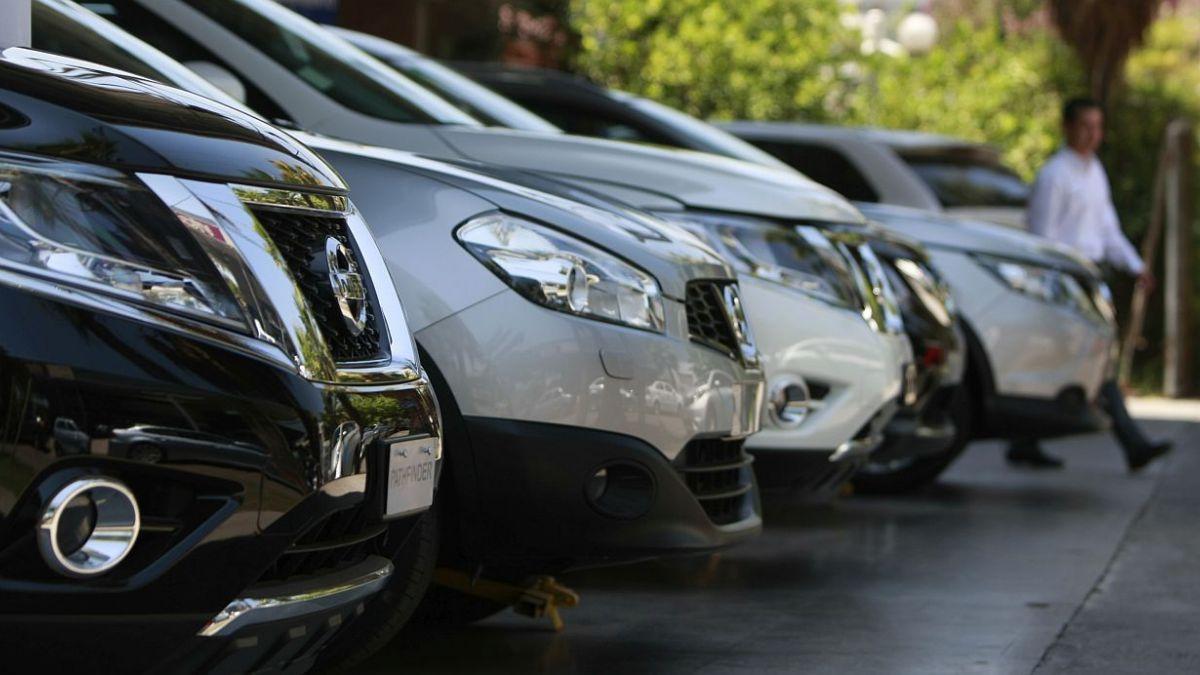 Cavem: Ventas de automóviles nuevos caen 25% en primer trimestre