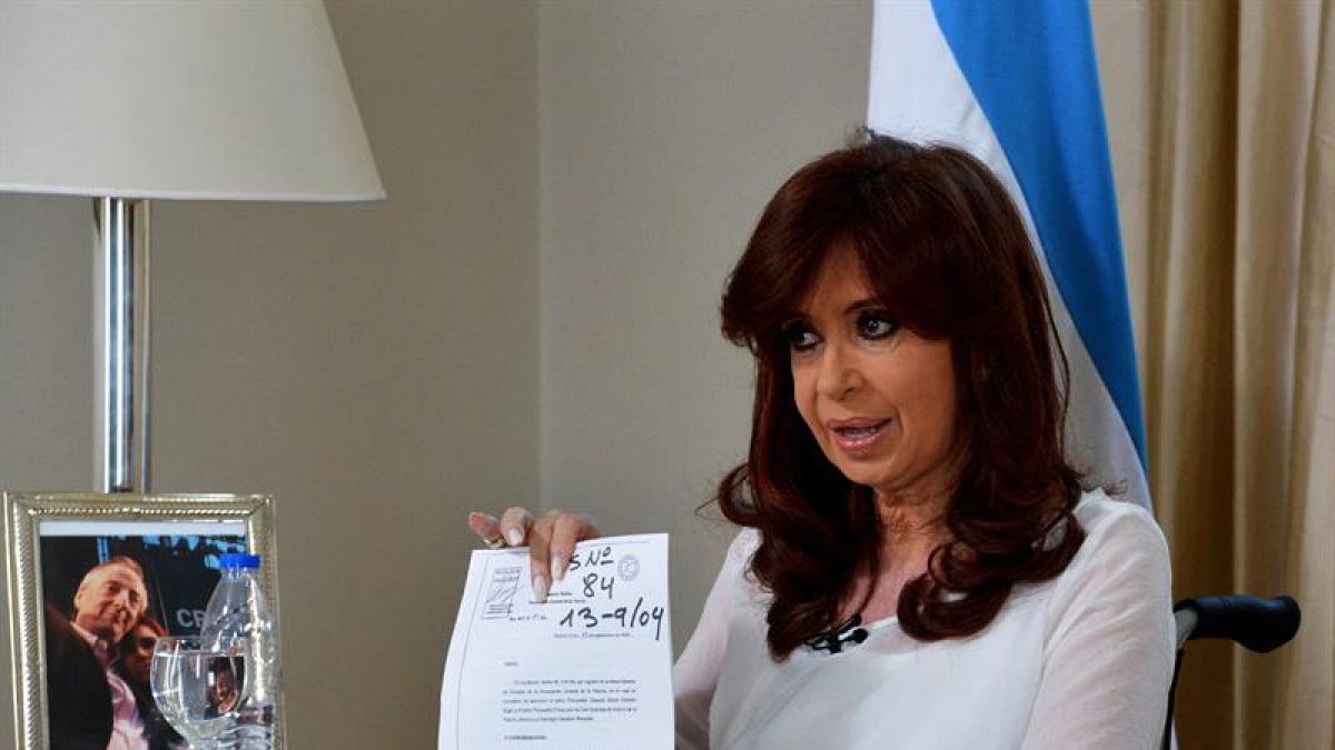 Cristina Fernández recibe críticas por discurso a una semana de muerte de Nisman