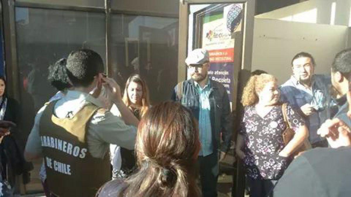 Funcionarios de Salud de Recoleta denuncian agresión de miembros de la alcaldía