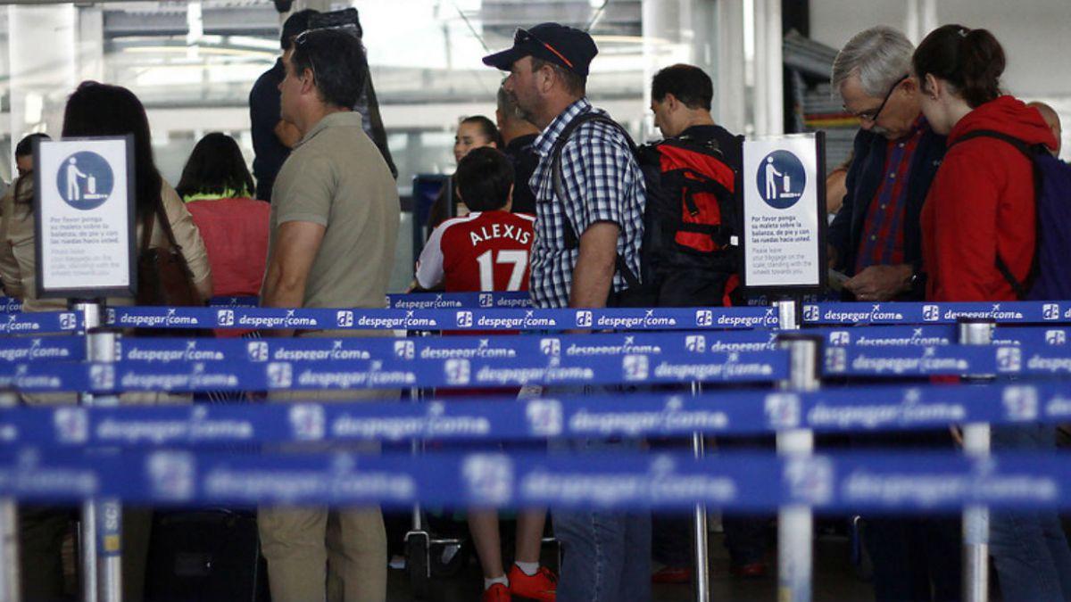 Transporte aéreo de pasajeros creció 4,6% en 2014 en comparación con 2013