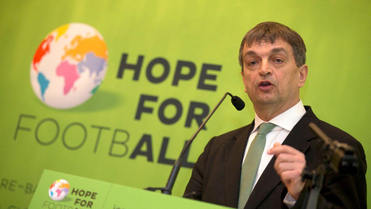 Jérôme Champagne anuncia su candidatura a la presidencia de la FIFA