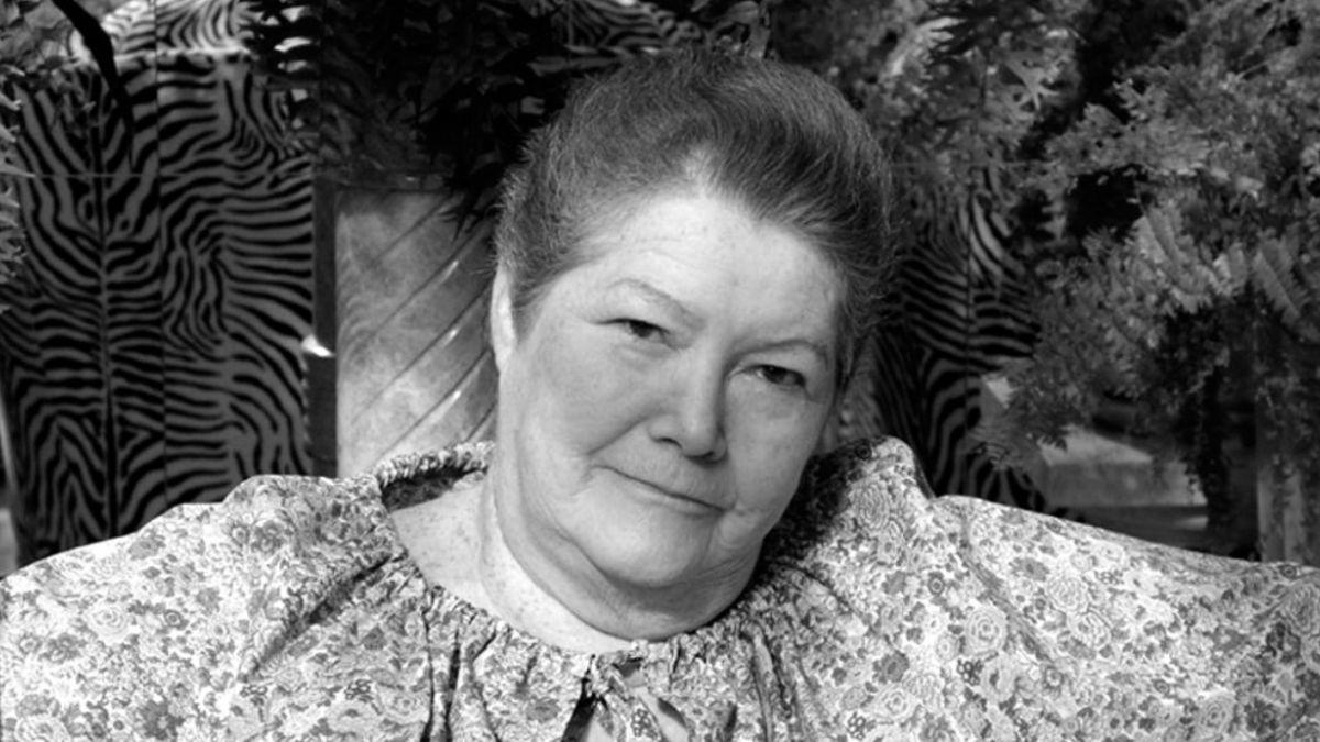Fallece Colleen McCullough, autora de El pájaro canta hasta morir