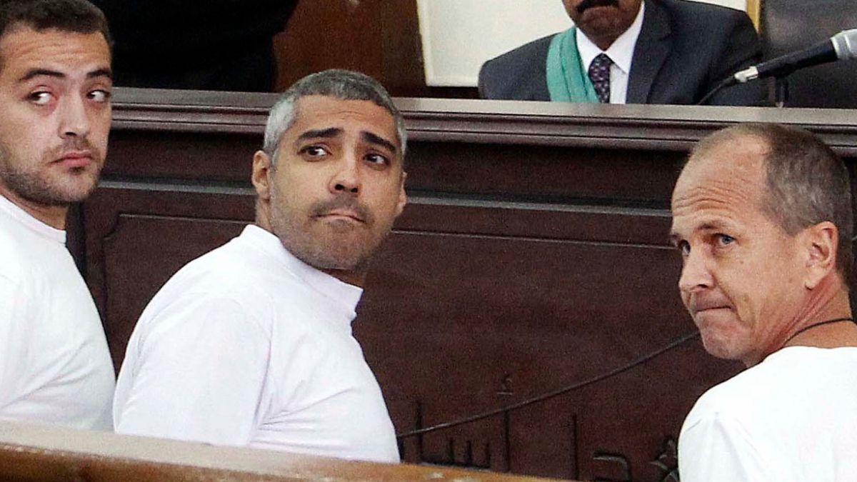 Egipto: los dos periodistas de Al Jazeera abandonaron la cárcel
