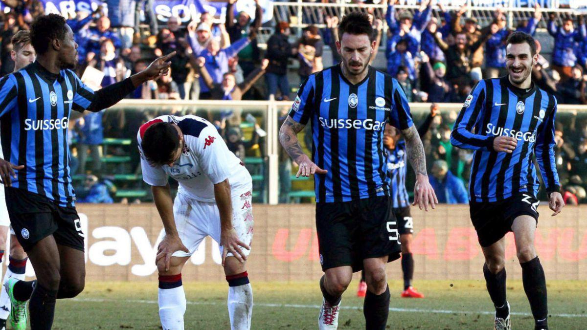 La magia de Pinilla: Los elogios al delantero tras su golazo en Italia