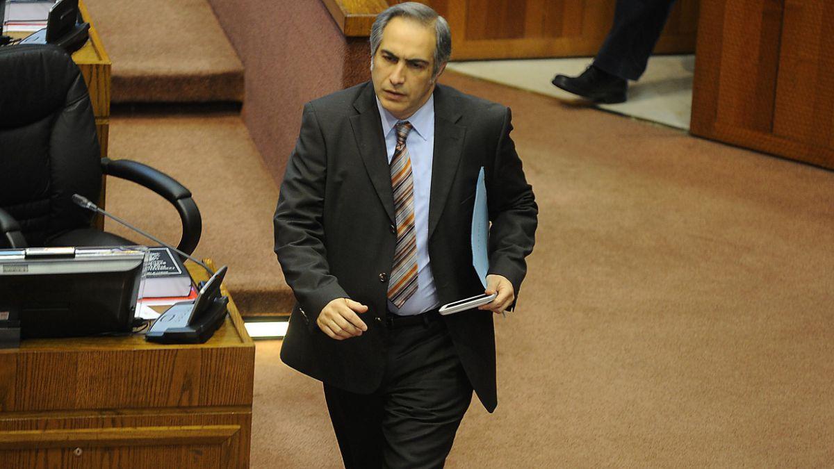 Adimark: Senador Chahuán (RN) dice que la Alianza está moribunda