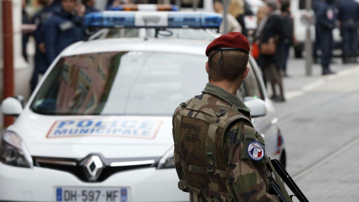 Dos soldados franceses resultaron heridos en Niza