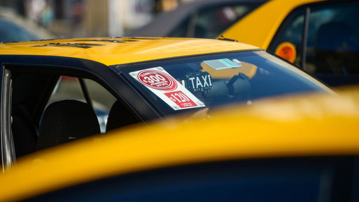 Transportes amplía plazo para que taxis reajusten tarifas