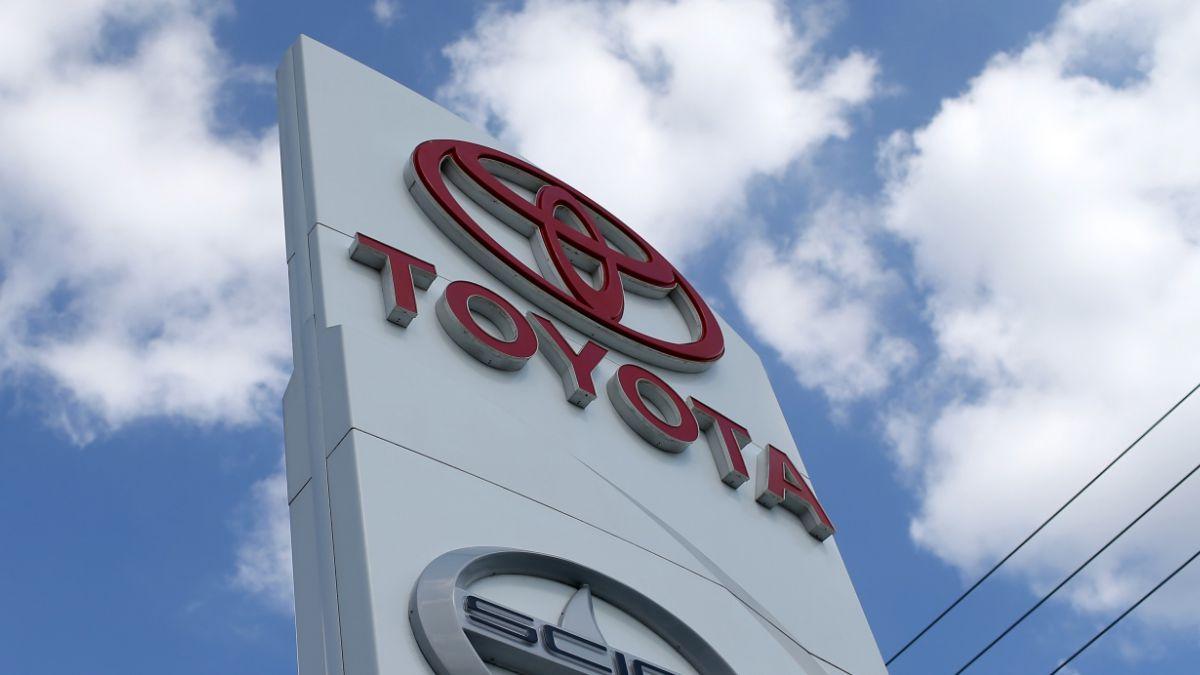 Toyota mantiene liderazgo de ventas en el sector automovilístico en 2015