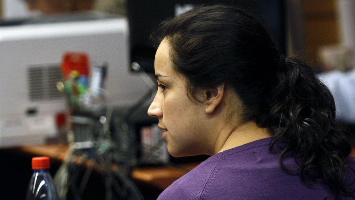 Condenan a siete años de cárcel a Tamara Farías por homicidio frustrado