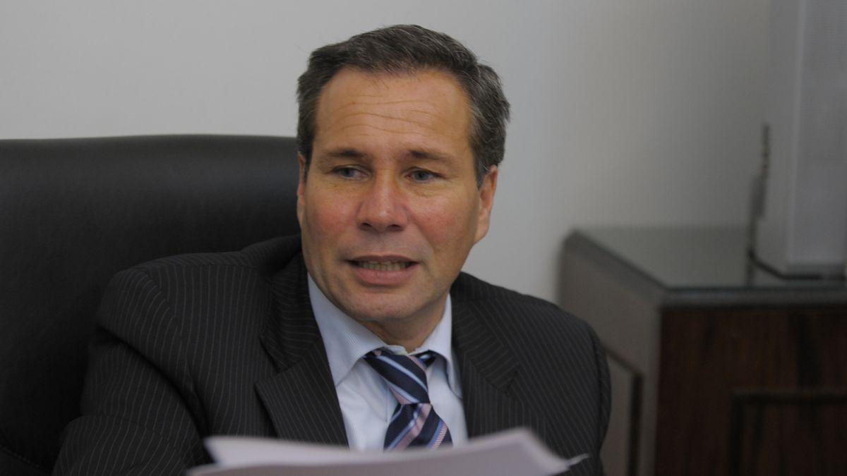 Ex esposa de Nisman acusa recibo de presunta amenaza antes de muerte del fiscal