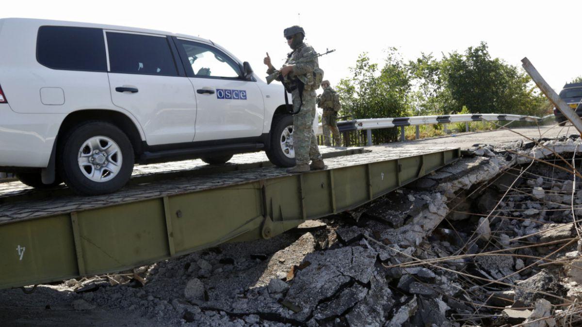 Ucrania: Anuncian apertura de corredor humanitario en ciudad clave