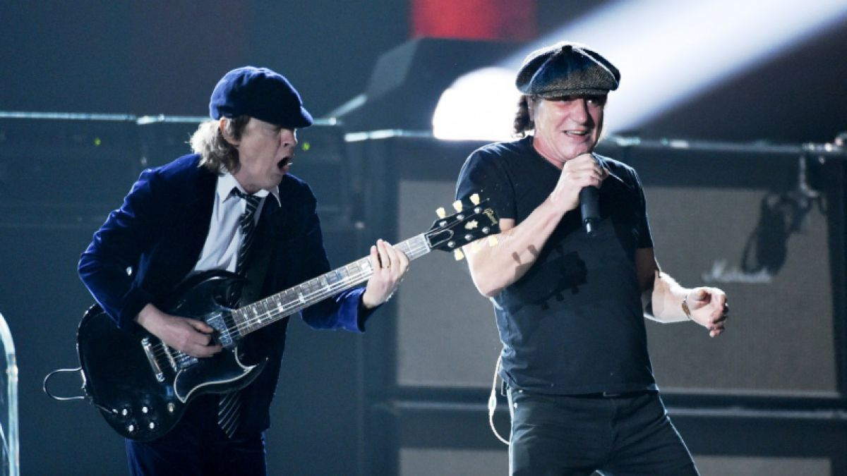 AC/DC inicia su primera gira en cinco años con reemplazo de Phil Rudd