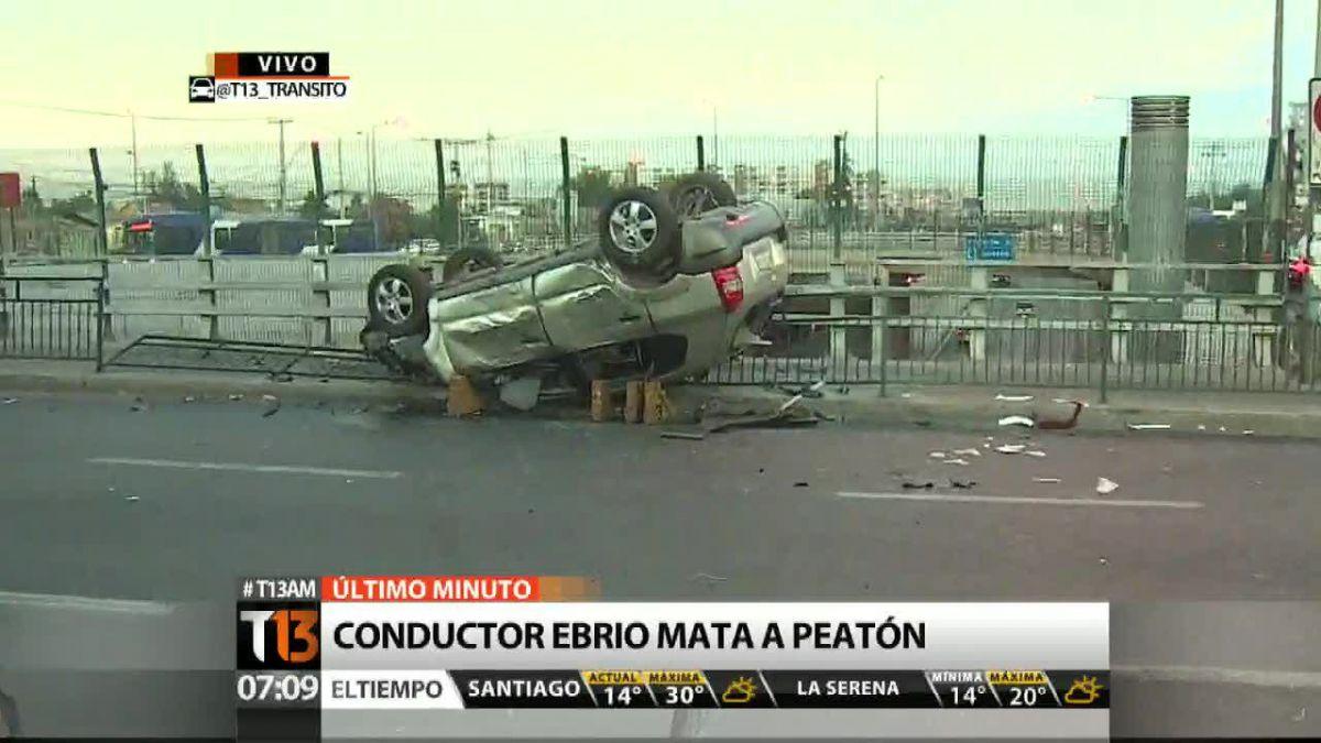 Volcamiento de auto deja un peatón muerto en La Cisterna