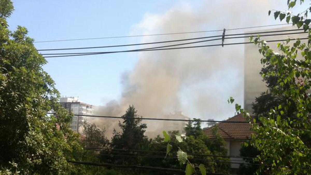 Bomberos controla incendio en hogar de ancianos en Providencia