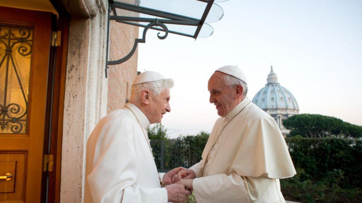 Exclusivo: Periodista que reveló la renuncia de Benedicto XVI habla del papado de Francisco