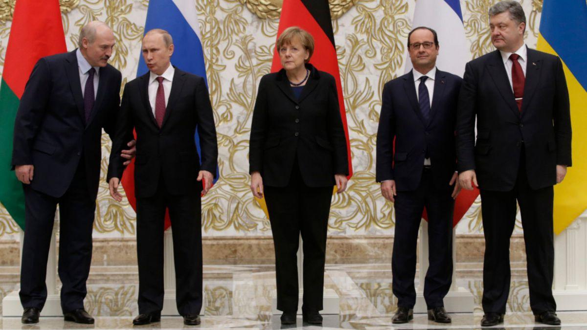 Alto al fuego en Ucrania: Firman hoja de ruta para restablecer la paz