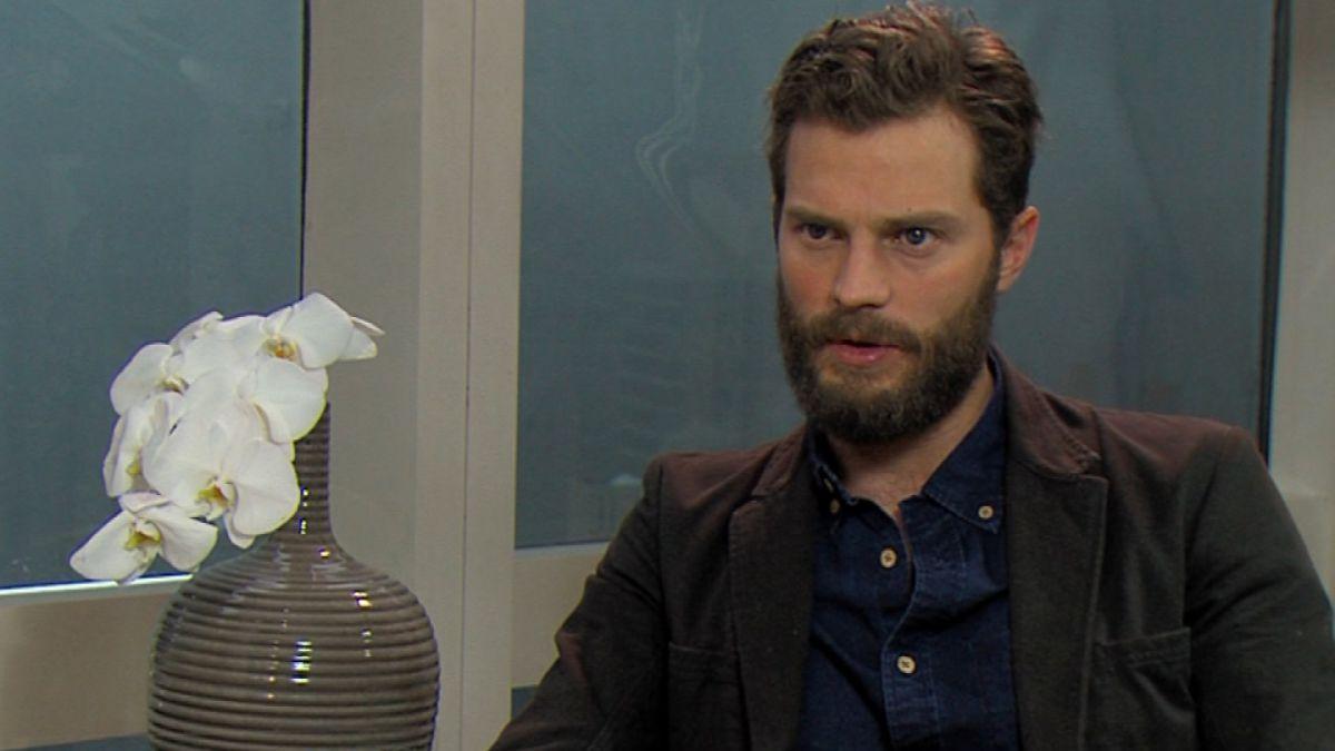 50 sombras de Grey: Así es el actor Jamie Dornan detrás de cámaras