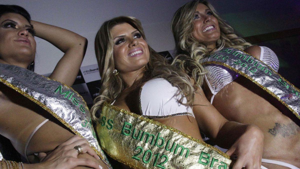 """La vedette brasileña que exhibe el peligro de buscar el """"cuerpo perfecto"""""""