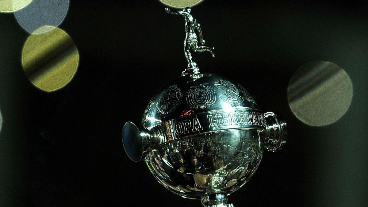 Libertadores 2015: Los ocho chilenos que defenderán a clubes extranjeros