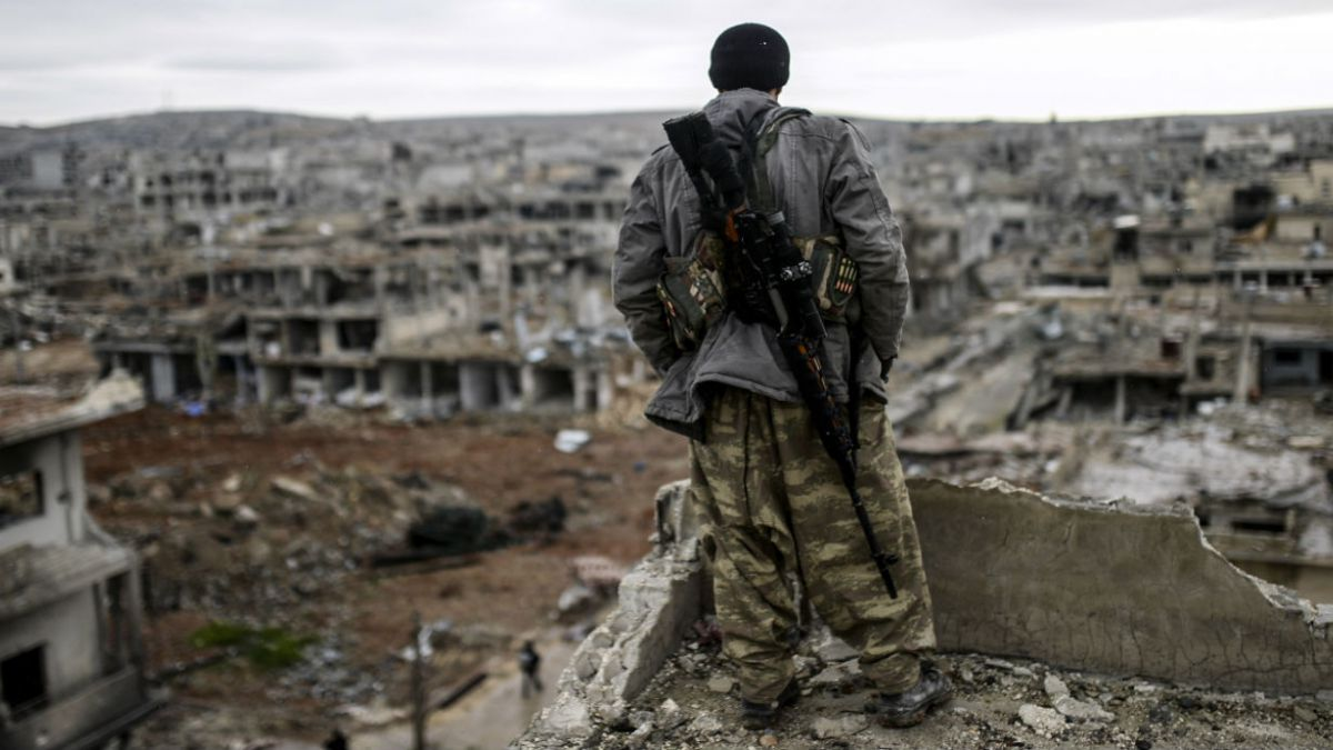 La furia de los combates contra Estado Islámico en imágenes satelitales