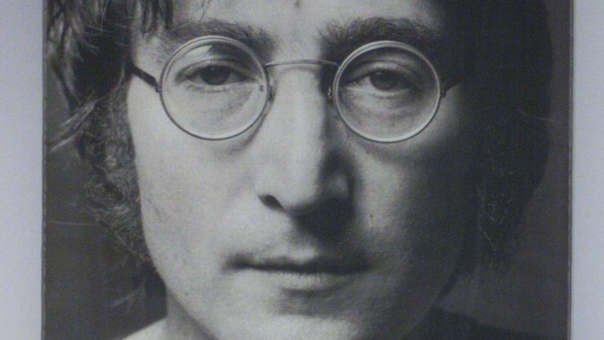 Papeles de divorcio de John Lennon lo retratan como un padre agresivo