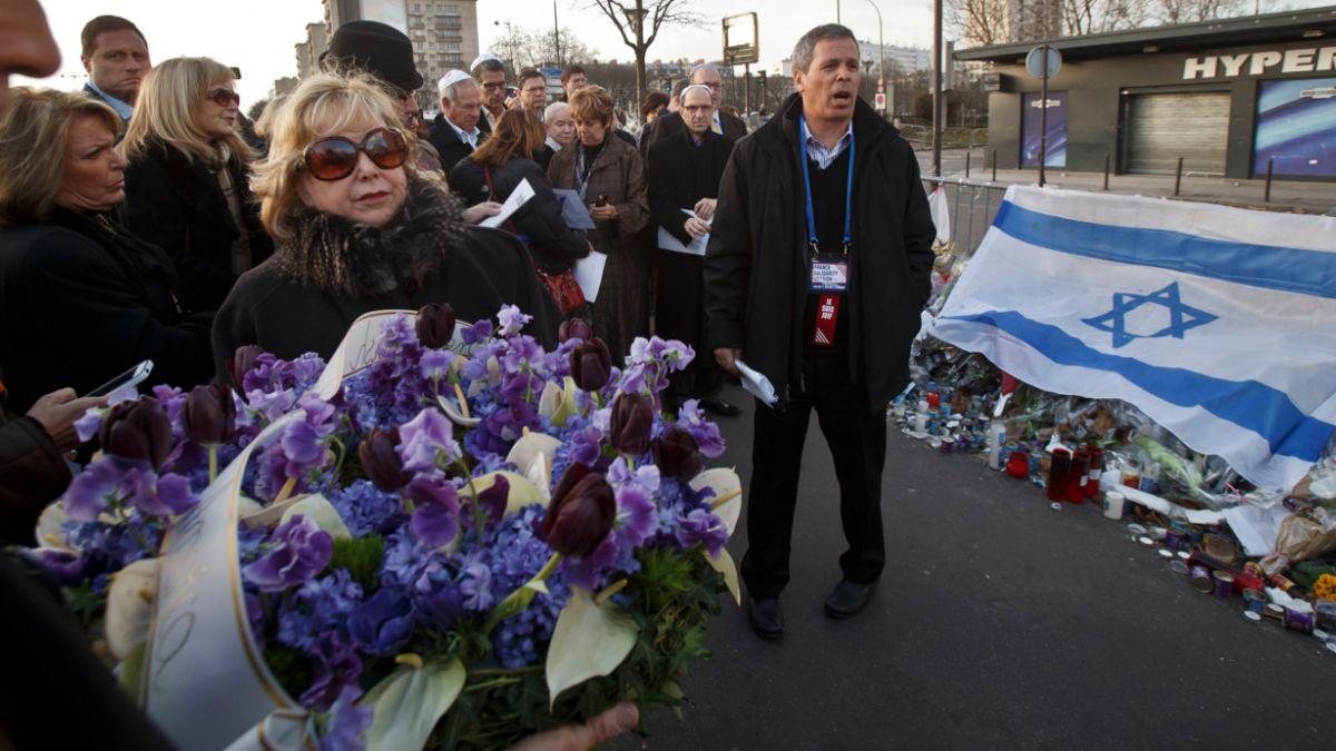 Francia llama a judíos a no dejar el país tras atentados
