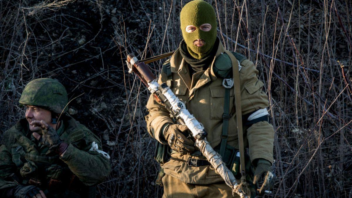 Separatistas prorrusos de Ucrania: No habrá retirada de armas hasta alto al fuego total
