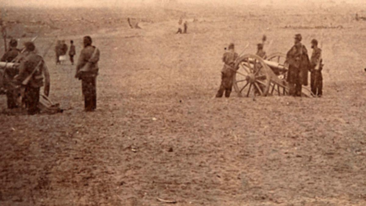El curioso negocio de las primeras fotos de guerra de América Latina