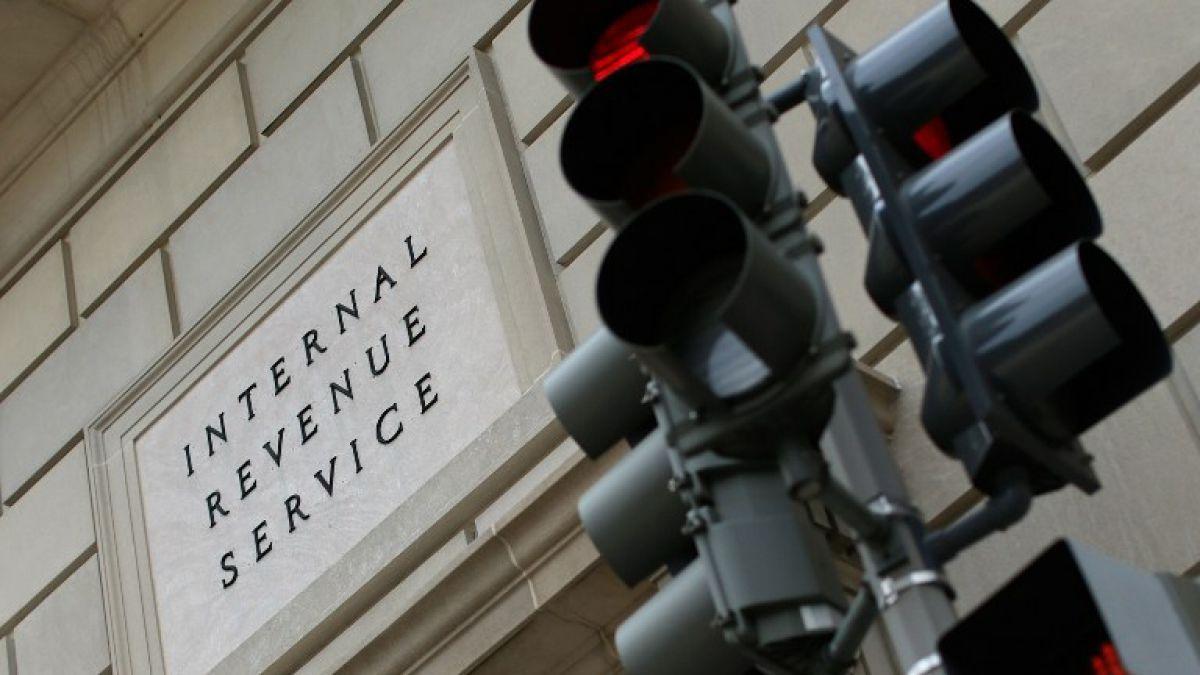 Servicio de Impuestos de EE.UU. acoge denuncia de UDI e investigará caso yate