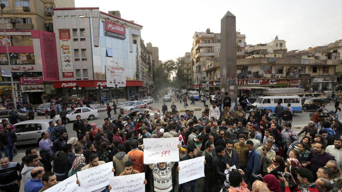 Egipto pide resolución de la ONU para intervención militar internacional en Libia