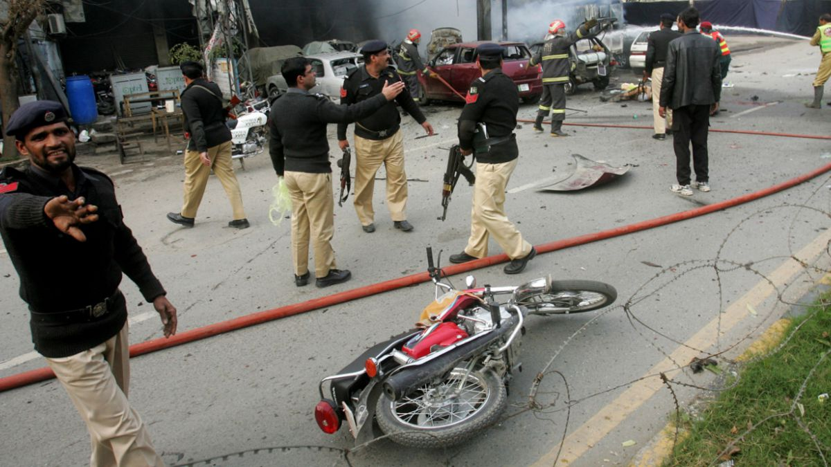 Pakistán: Ataque con explosivos deja al menos ocho fallecidos