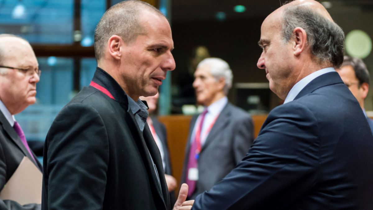 Grecia ignora ultimátum de la zona euro, pero quiere reanudar negociaciones