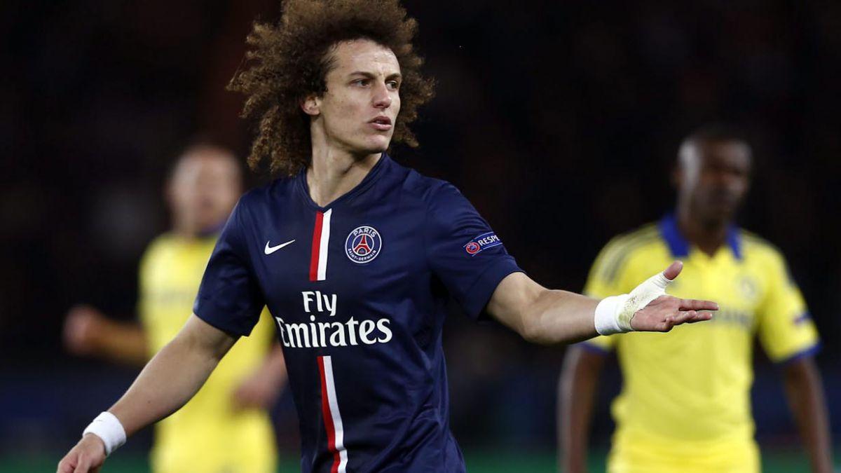 El insólito truco que hizo David Luiz en el empate del PSG ante Chelsea