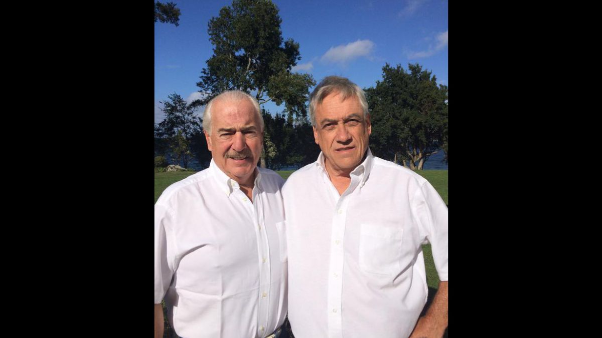 Piñera se une a campaña de protesta por detención de Leopoldo López