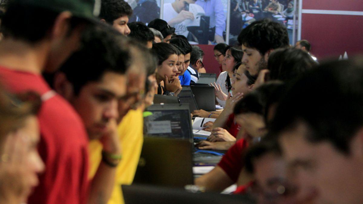 Comisión Ingresa contestó dudas sobre postulación a gratuidad, becas y créditos