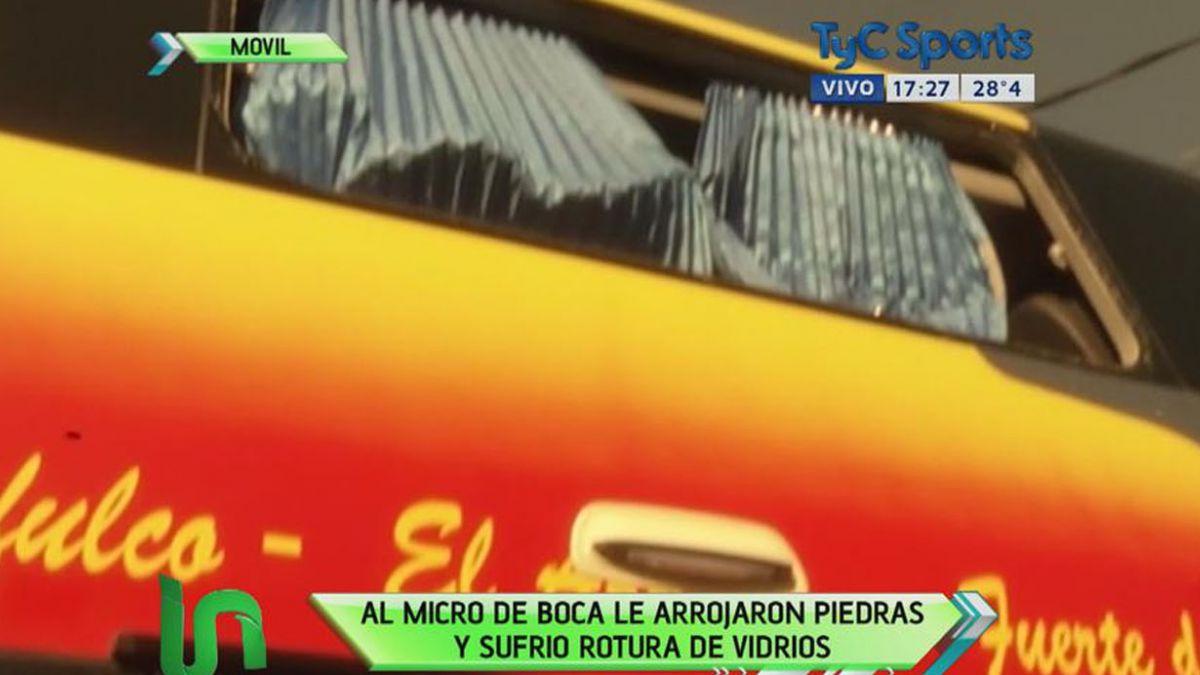 Hinchas argentinos apedrean bus de Boca Juniors