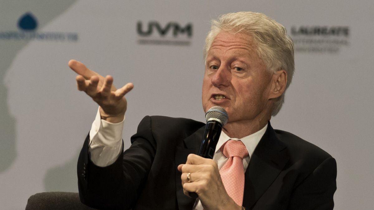 Ex presidente Bill Clinton pide inmediata liberación de prisioneros políticos en Venezuela