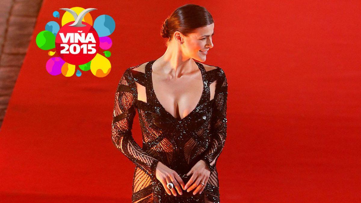 Tonka Tomicic deslumbra en la Gala del Festival de Viña del Mar 2015