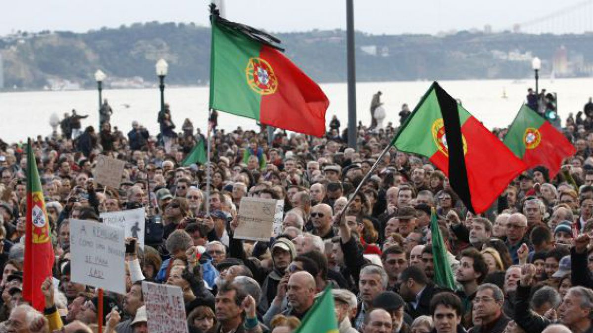 La deuda de Portugal creció al 128,7% en 2014, lejos de la griega