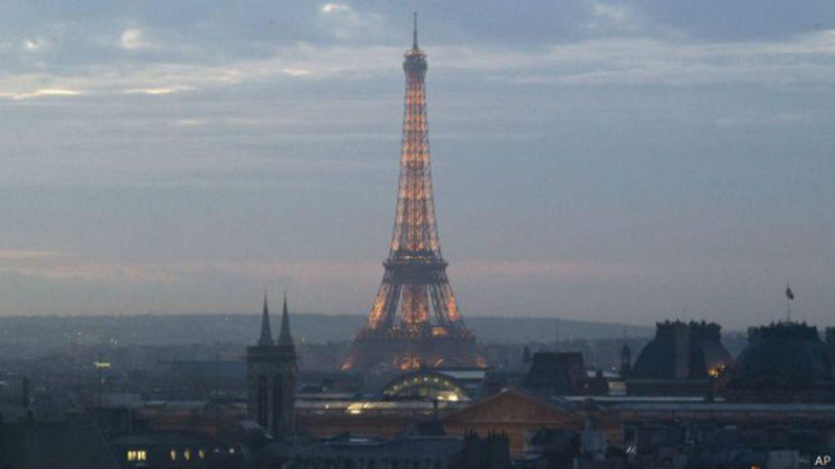 Nuevos drones sobrevolaron París