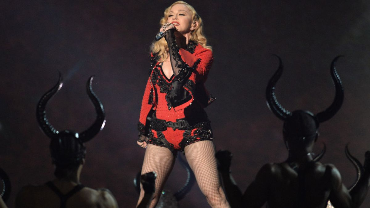 La versión que dio Madonna para explicar su comentada caída en los Brit