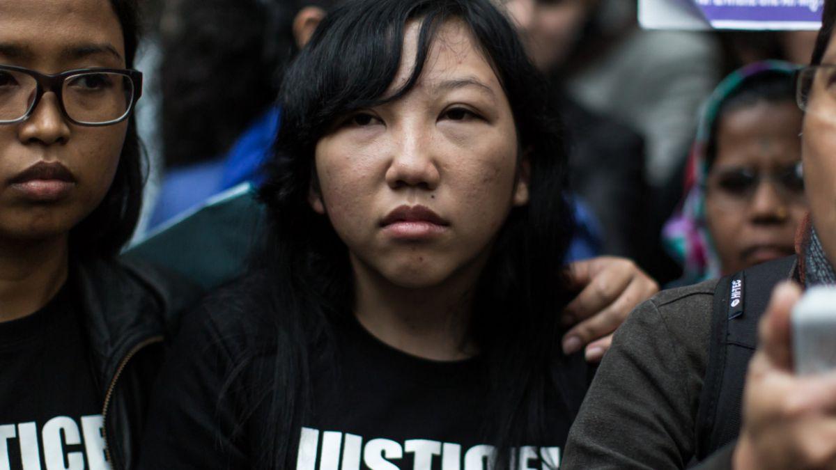 Hong Kong: Mujer es condenada a 6 años de cárcel por maltratar a empleada