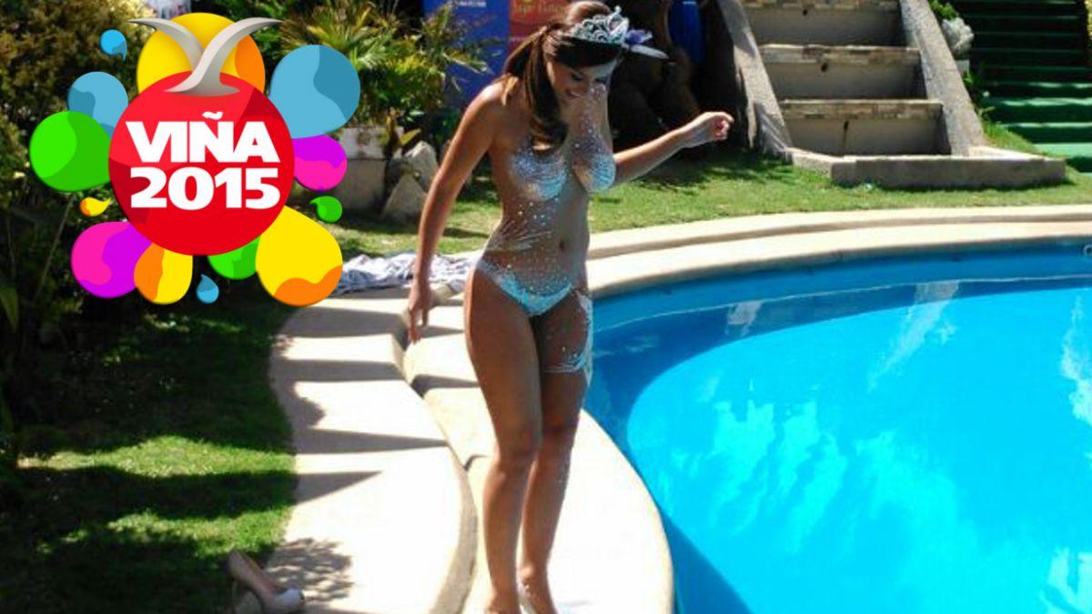 "VIDEO: Así fue el ""piscinazo"" de Jhendelyn Núñez, la reina de Viña 2015"
